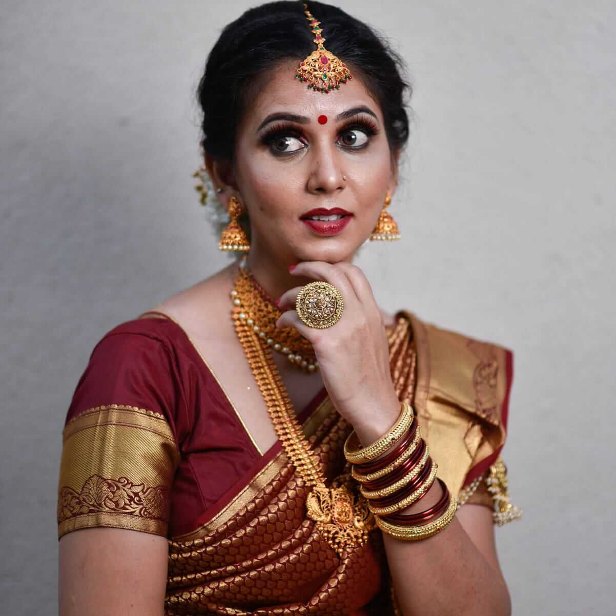 snehal jadhav in saree